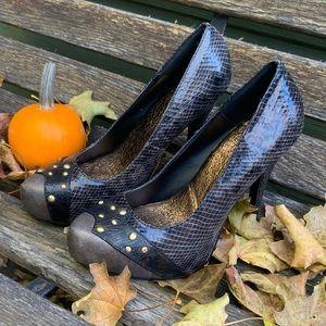 Women's BKE Soles 7.5 Studded Snake Skin Heels